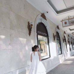 Đầm trắng tầng phối voan (2)
